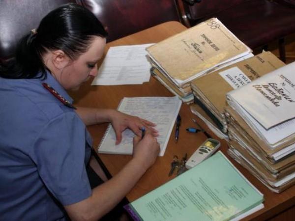 Прокурор, дознаватель могут принимать участие в анализе документа, подтверждающего основание для начала контроля и записи переговоров