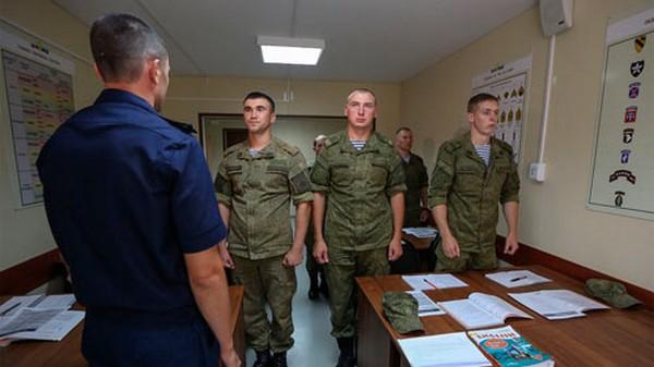 Военнослужащие имеют право на премии за доблестную службу при увольнении