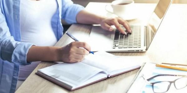 В справке от ИП должны быть указаны регистрационные сведения, период деятельности, а также сумма дохода