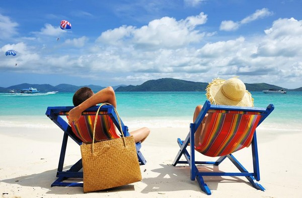 Отказывать в очередном отпуске сотрудникам не имеют право