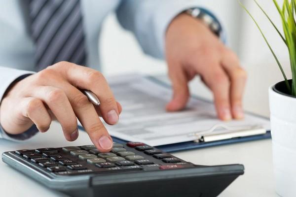 Пенсионные выплаты перерассчитываются, когда пенсионер увольняется