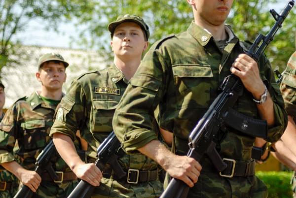 Иногда увольнение происходит из-за реструктуризации воинской части