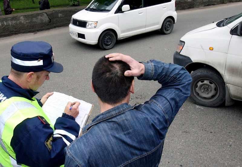 Побег с места дорожного инцидента не решит проблемы участника аварии, а только усугубит их