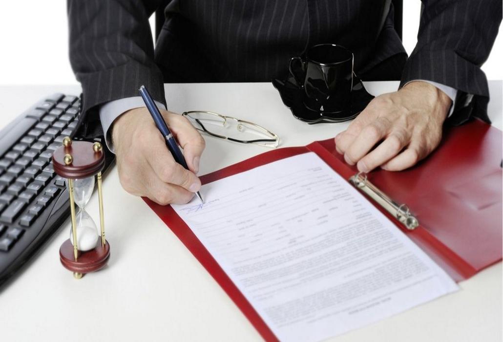 Для признания физлица или юрлица банкротом необходимо составить иск