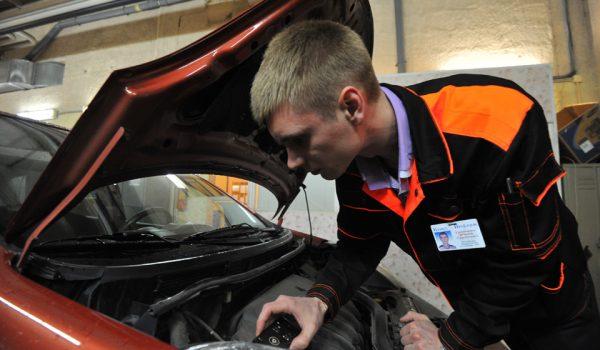 Автомобиль, которому от 3 до 7 лет, нужно проверять раз в два года