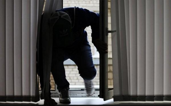Незаконное проникновение в жилище