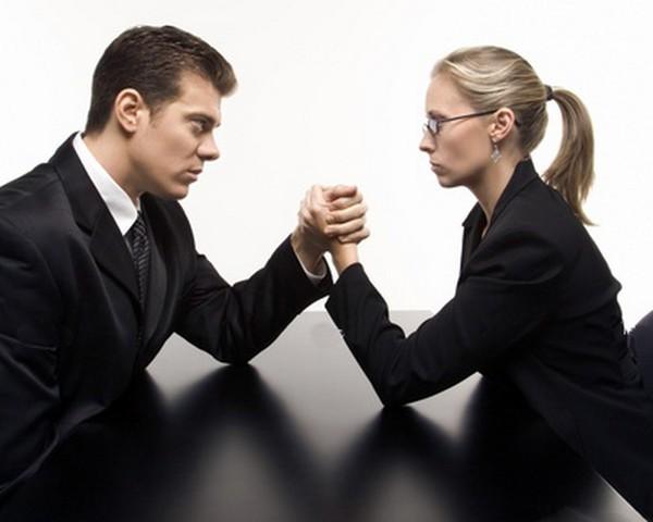 Если личная заинтересованность высока, лучше избежать работы с конкретной компанией