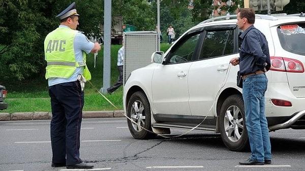 Если водитель второго автомобиля был пьян, он должен не только оплатить вам ущерб, но также и штраф в государственную казну, и кроме того, на время он будет лишен права управлять автомобилем