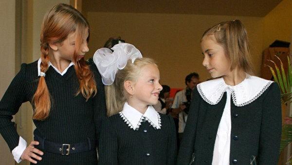Чаще всего в школах требуется ношение школьной формы
