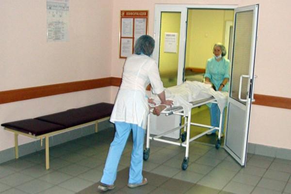 Нельзя привлечь к ответственности за такое деяние лицо, которое не имеет обязательств для оказания медпомощи