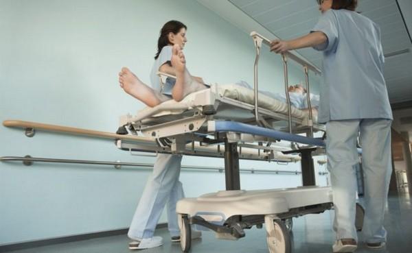 Если врач не может оказать помощь больному в силу отсутствия квалификации, он также не будет наказан по УК РФ