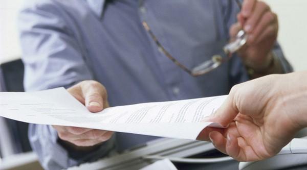 Для водителей в графу «место работы» в трудовом договоре стоит вписать данные о расположении главного офиса