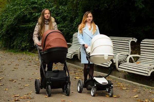 Если родителей лишили прав, выплаты получит то лицо, которое фактически заботится о ребенке