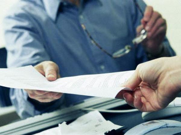 Залогодержатель вправе запросить данные только по заложенным акциям