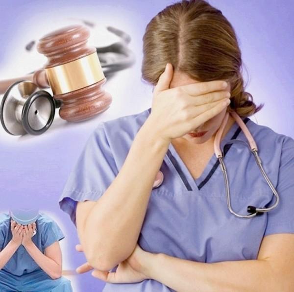 За неоказание помощи больному наказываются медработники