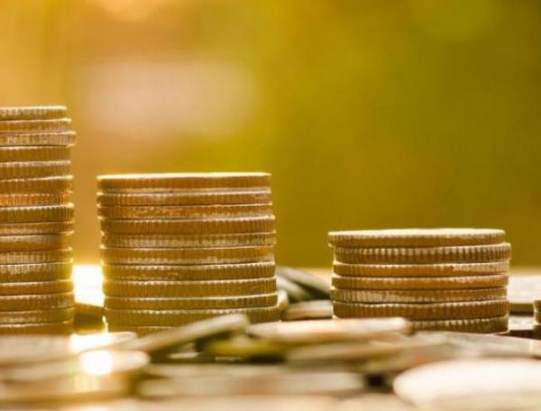 Налоговый вычет на официальном месте работы перечисляется в виде надбавки к ежемесячной оплате труда