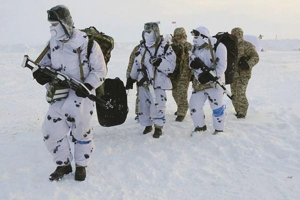 Военным, служащим на Крайнем Севере, отпуск продлен