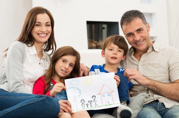 Приемные семьи могут претендовать на получение жилплощади