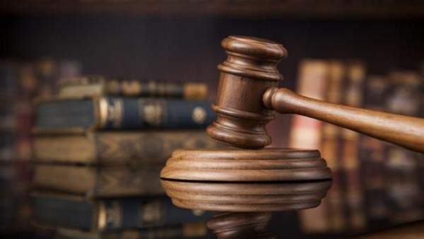 При определении срока лишения свободы учитываются отягчающие и смягчающие обстоятельства, тяжесть преступления