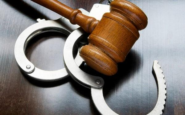 Есть много примеров преступлений, которые наказывались по статье 125 УК РФ
