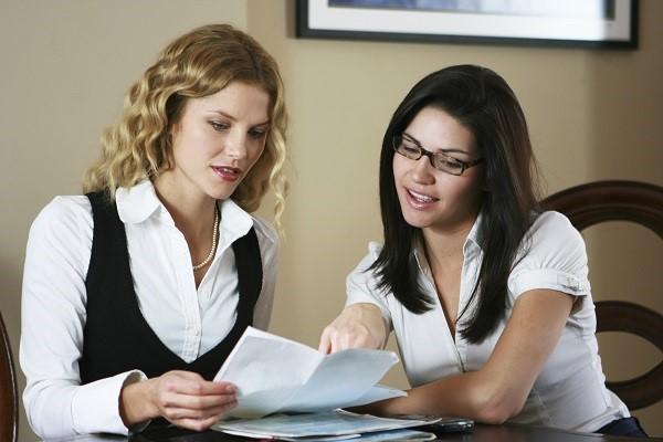 При увольнении по любой причине рекомендовано сразу же взять у работодателя все документы, связанные с работой на конкретном предприятии. Это поможет впоследствии, при оформлении пенсии, сэкономить время, силы и нервы