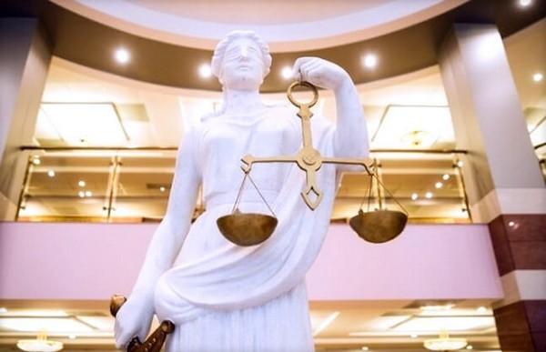 В рамках кассации занимаются отслеживанием за соблюдением законодательства при рассмотрении дел