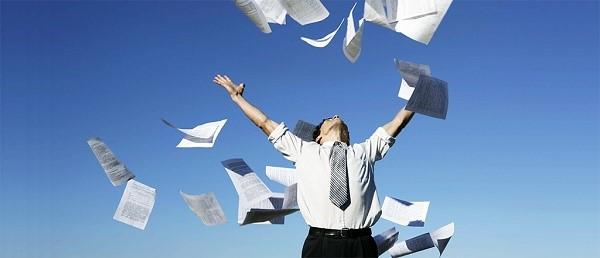 Бумажная волокита - неотъемлемая часть жизни каждого предпринимателя, и даже когда дело его закрывается, потерпев неудачу, или по иной причине, приходится принимать множество разных решений, и оформлять кипу бумаг