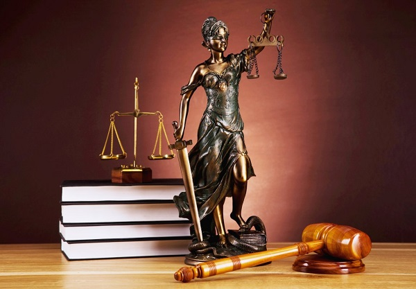 Кодекс этики судьи возлагает на него обязательство неукоснительно придерживаться прописанных норм