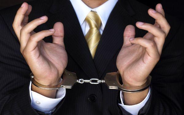 За подделку подписи положена уголовная ответственность