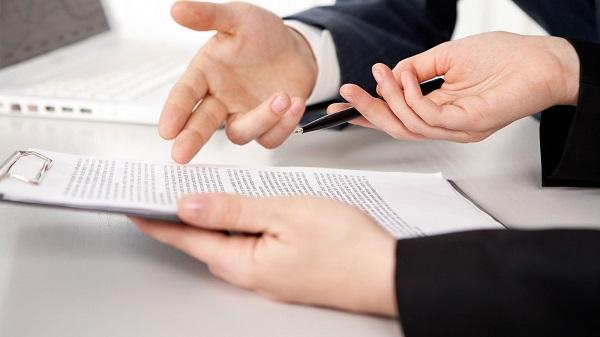 Доказывая необходимость составления дополнительного соглашения, работник должен руководствоваться неоспоримыми аргументами, подтверждающими то, что его трудовая деятельность вышла за рамки оформленного соглашения