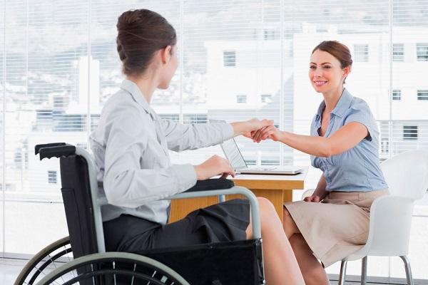 Работодатель должен быть заинтересован в своевременном прохождении всеми гражданами, работающими в организации, медицинского осмотра и диспансеризации