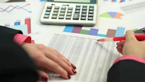 Бухгалтеры обязаны в отчетах указывать такие выплаты