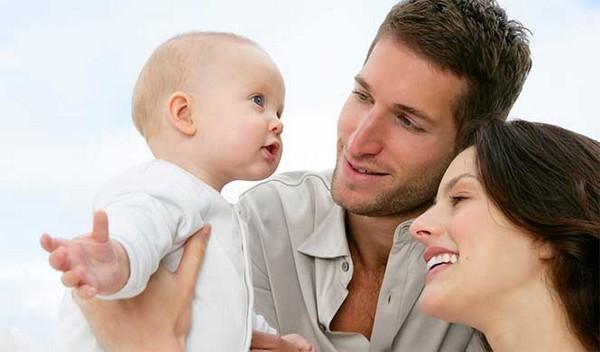 Иногда граждане оспаривают материнство или отцовство