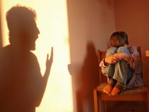 Если по отношению к ребенку было совершено преступление, возможно даже лишение свободы – все зависит от тяжести проступка