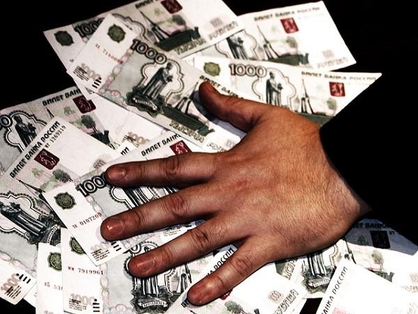 Преступник, вымогающий деньги, сильно рискует, так как нарушает закон, обещающий ему в случае совершения искомого правонарушения серьезнейшие последствия