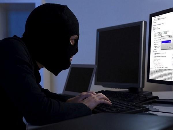 Сегодня существует огромное множество разновидностей мошенничества в интернете, и список, и так кажущийся бесконечным, только продолжает пополняться
