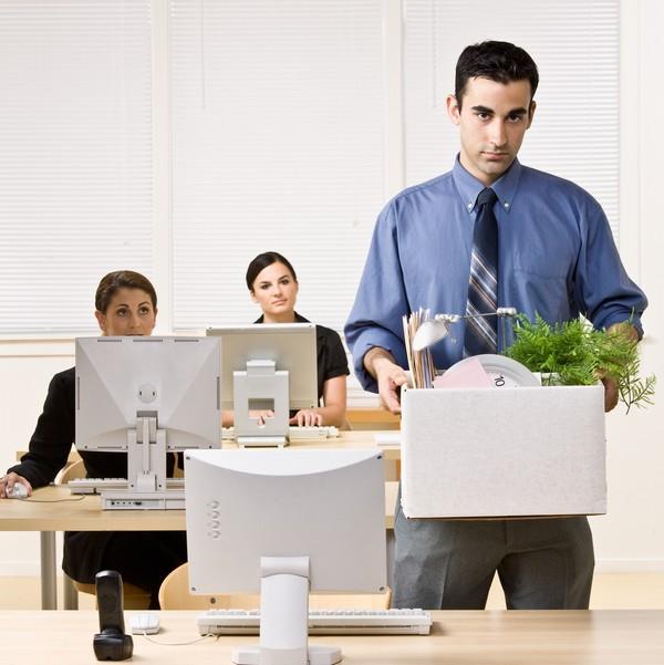 Чтобы уволить сотрудника, у работодателя должны быть весомые причины