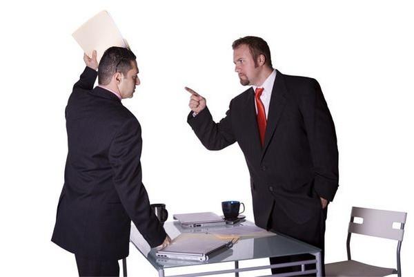 Госслужащие должны оповестить руководство о наличии факта заинтересованности