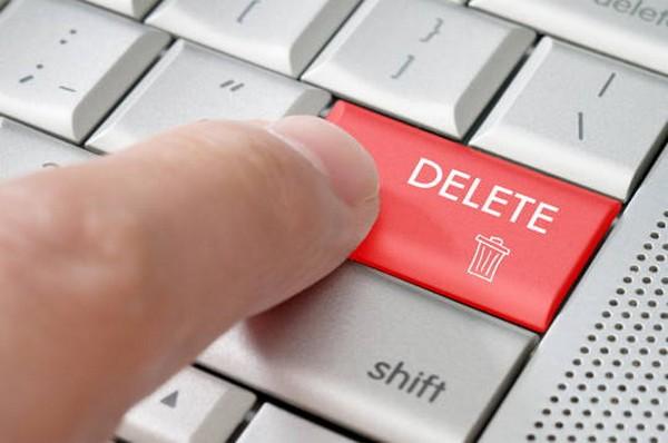 Порочащая информация должна быть удалена, а впоследствии опубликовано опровержение