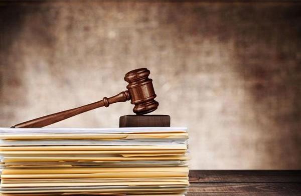 Разные законодательные акты регламентируют правила начисления и выплаты пенсии