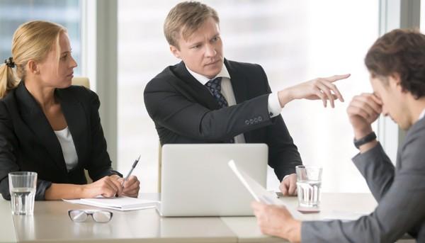 Нужно несколько свидетелей для фиксации состояния, которое может стать причиной для отстранения от работы