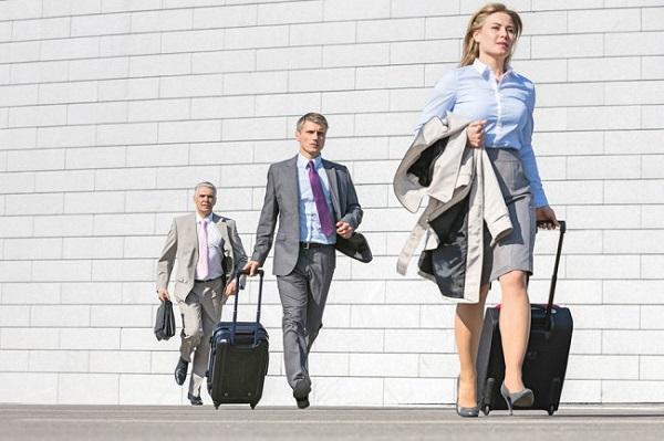 Оплата переезда работника и его семьи в другой населенный пункт для работы в определенной организации по направлению производится за счет работодателя