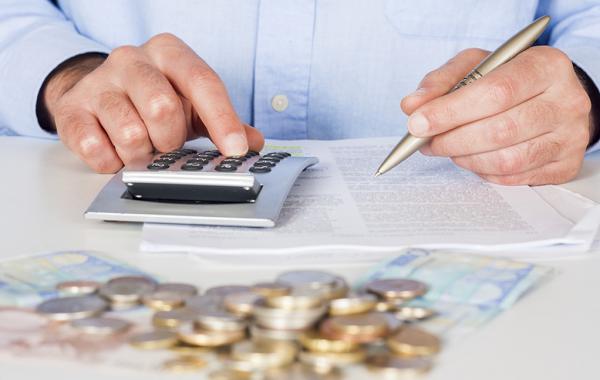 При условии, что сотрудники ФНС решат, будто вы намеренно не уплачиваете налог, вы можете столкнуться с самыми серьезными последствиями