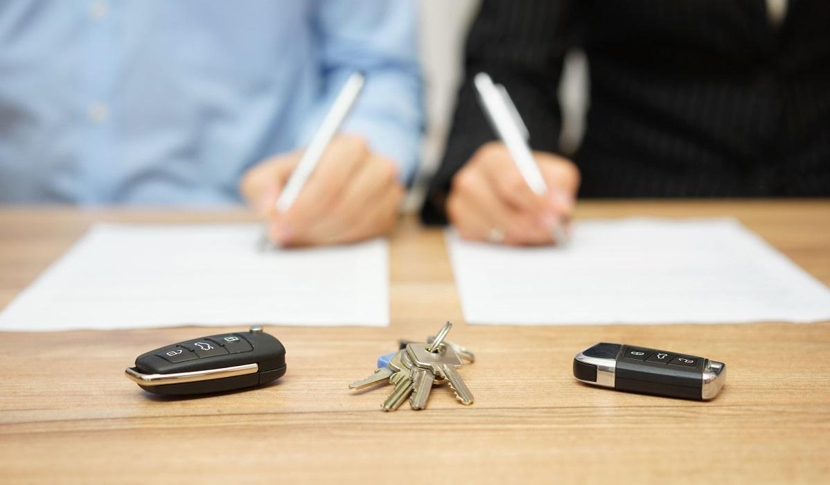 Через суд решаются вопросы о разделе имущества между бывшими супругами