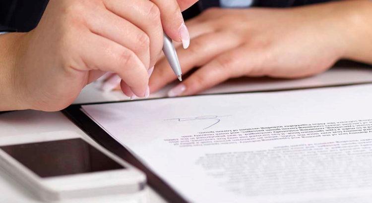 Для составления иска можно воспользоваться услугами юриста
