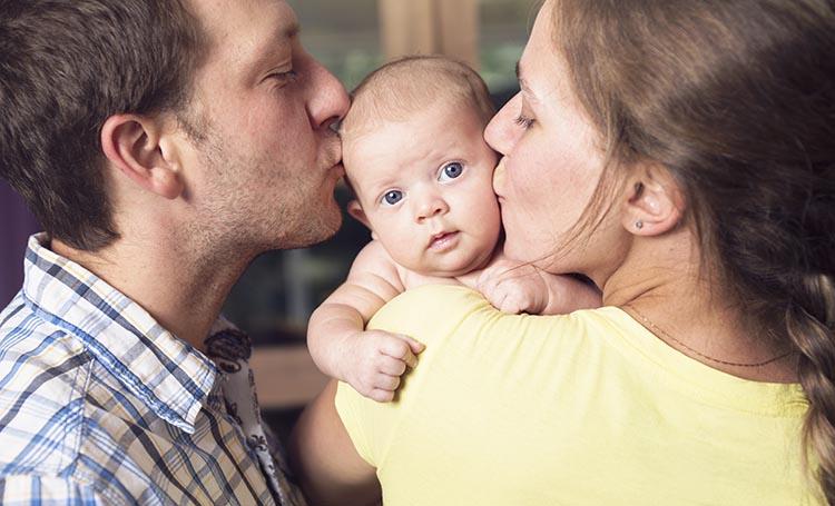 Если у жены имеется ребенок до года, то муж не имеет права подавать на развод