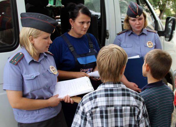 Наличие судимости или приводов в юности может сказаться во взрослой жизни, например, препятствовать трудоустройству в правоохранительные органы или госслужбу