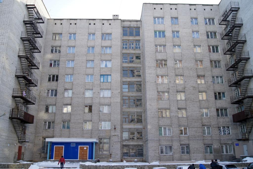 По временной прописке человек имеет право находится в общежитии не более трех лет