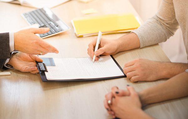 Подписать договор можно в любом отделении ГИБДД