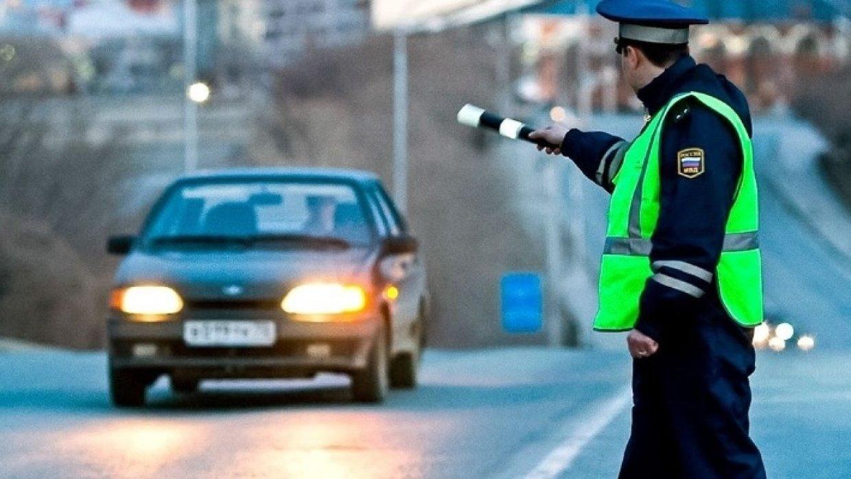 Размеры штрафа за вождение незарегистрированного автомобиля зависят от статуса его владельца